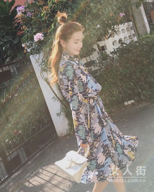 撩人的秋季,偏爱撩人的连衣裙